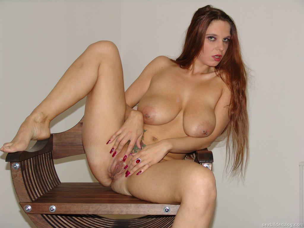 http://www.sexbilderblog.com/gals/piercing/gal001/images/012.jpg: